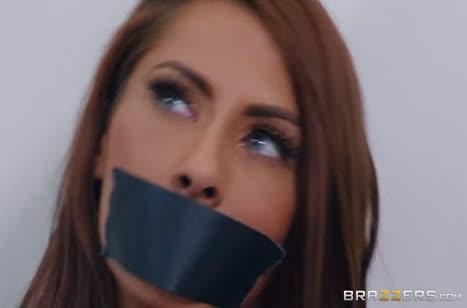 Связанная хозяйка Мэдисон Айви не против потрахаться
